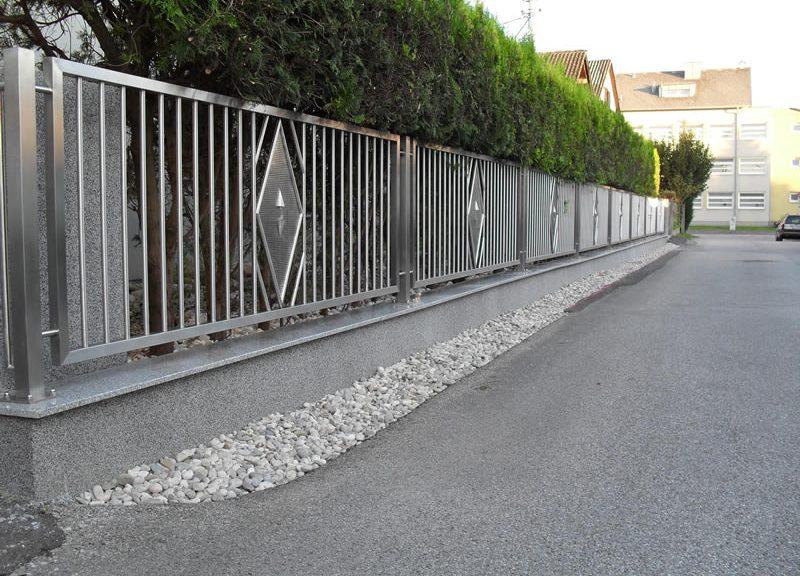 Zäune und Tore
